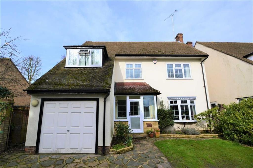4 Bedrooms Detached House for sale in Northolme Rise, Orpington, Kent