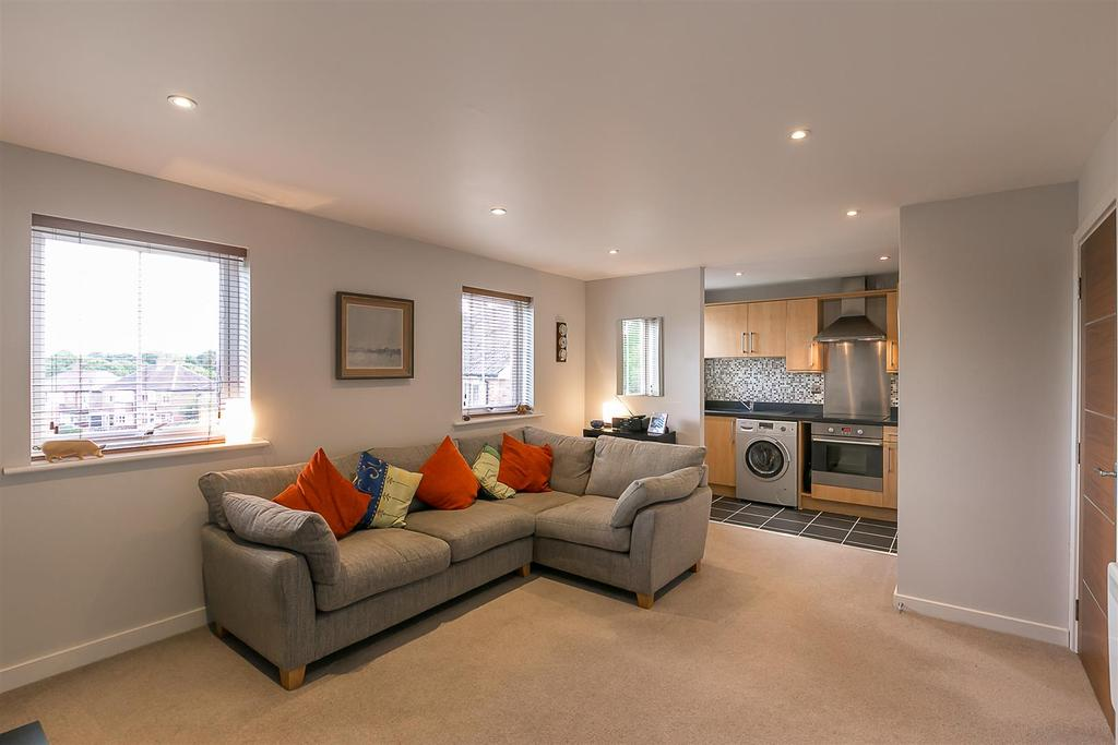 1 Bedroom Flat for sale in Wrendale Court, South Gosforth, Newcastle upon Tyne