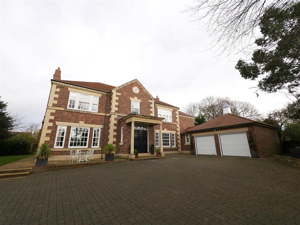 5 Bedrooms Detached House for sale in Sunderland Road, Cleadon, Sunderland