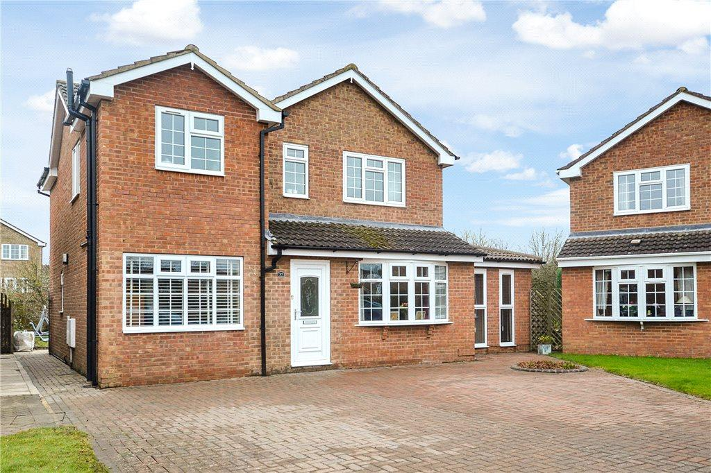 4 Bedrooms Detached House for sale in Griffiths Close, Yarm, Stockton-On-Tees