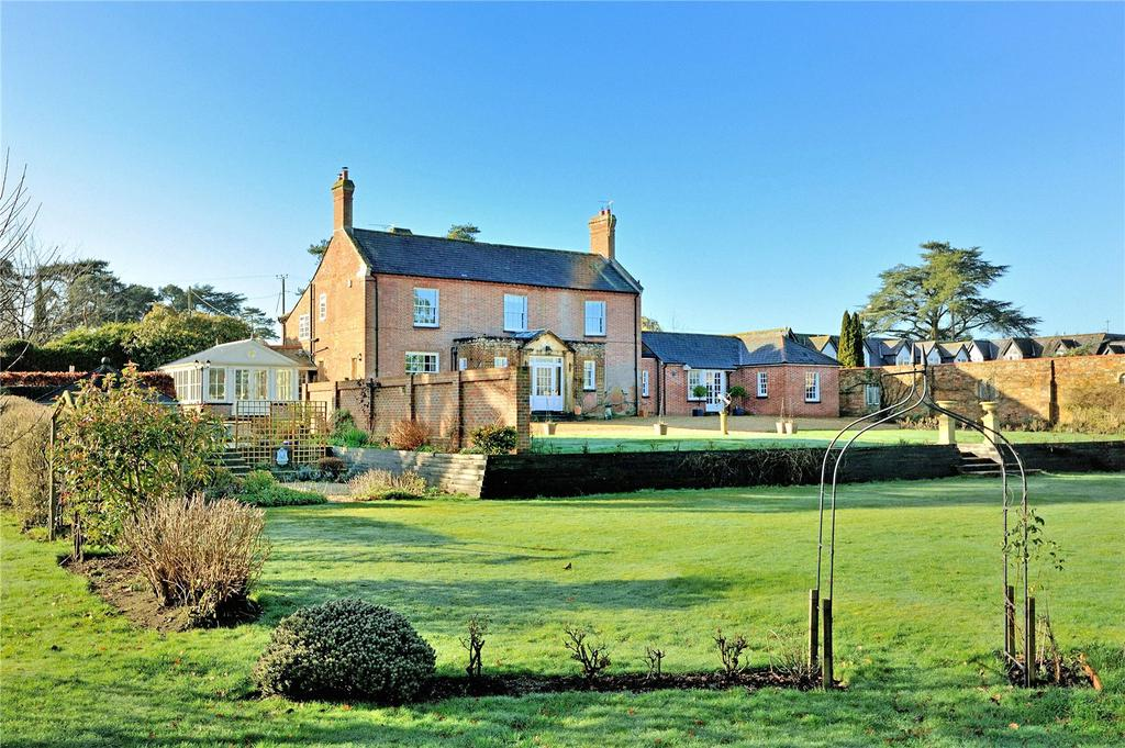 4 Bedrooms Equestrian Facility Character Property for sale in Moortown Drive, Canford Magna, Wimborne, Dorset