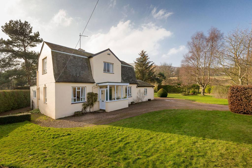 3 Bedrooms Detached House for sale in The Cottage, Old Pentland Road, Hillend, EH10 7EB
