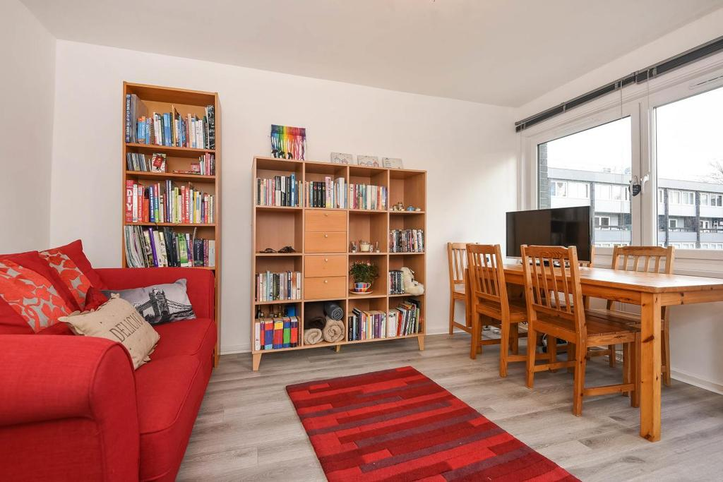 1 Bedroom Flat for sale in Canute Gardens, Surrey Quays