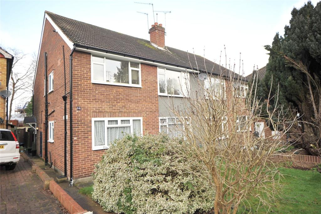 2 Bedrooms Apartment Flat for sale in Hammonds Lane, Great Warley, Brentwood, Essex, CM13