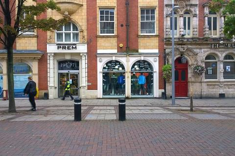 Shop to rent - 73 - 75 Jameson Street, Hull, East Yorkshire