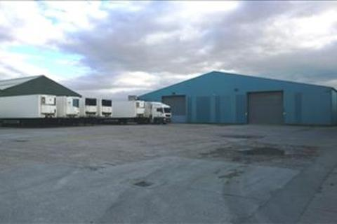 Industrial unit to rent - Unit 1, Ferndale Business Park, Staithes Road, Hull, HU12