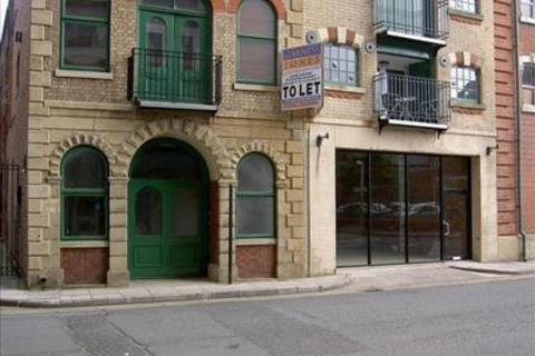 Shop to rent - Unit 1b, The Maltings, Silvester Street, Hull, East Yorkshire, HU1 3EN
