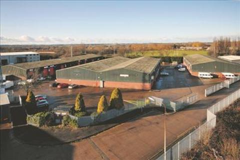 Industrial unit to rent - Acorn Industrial Estate, Bontoft Avenue, National Avenue, Hull, East Yorkshire