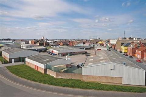 Industrial unit to rent - Acorn Industrial Estate, Strawberry Street, Hull, East Yorkshire, HU9 1EN
