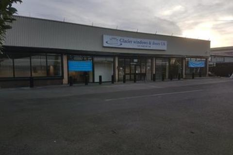Industrial unit to rent - Unit 2, Cornwall Street, Cleveland Street, Hull, HU8