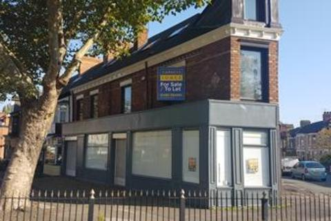 Shop to rent - 66-70 Princes Avenue, Hull, East Yorkshire