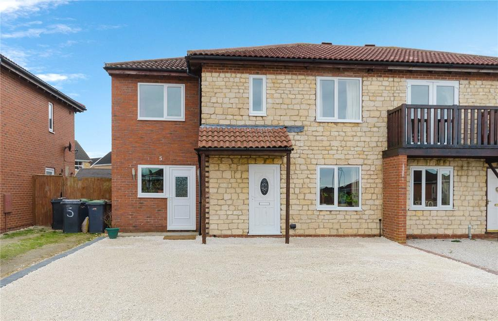 4 Bedrooms Semi Detached House for sale in Forum Way, Sleaford, Lincolnshire, NG34