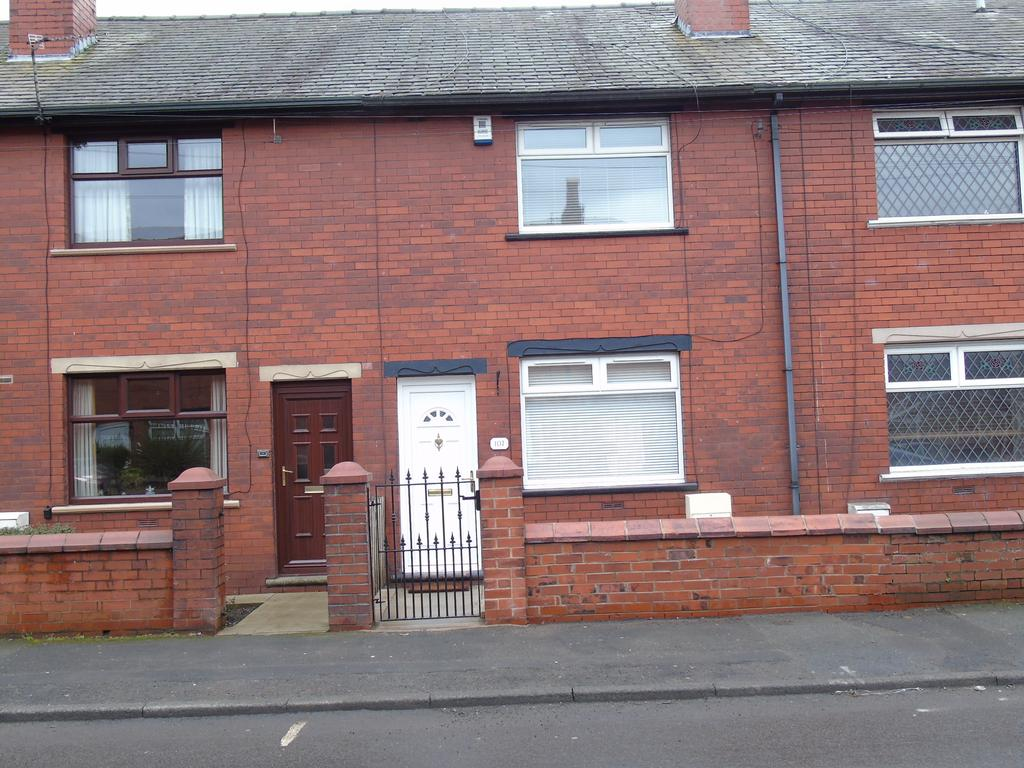2 Bedrooms Terraced House for sale in Lodge Lane, Dukinfield SK16