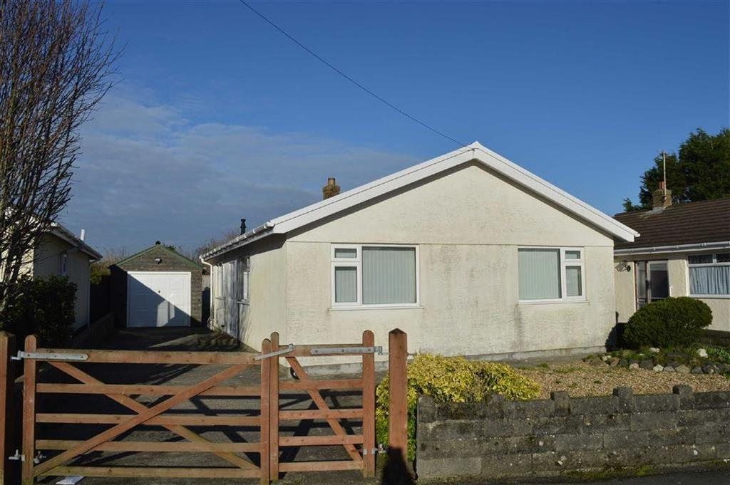 3 Bedrooms Detached Bungalow for sale in Pencaerfenni Park, Crofty, Swansea