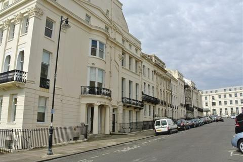 2 bedroom flat to rent - Portland Place, Brighton, BN2 1DG