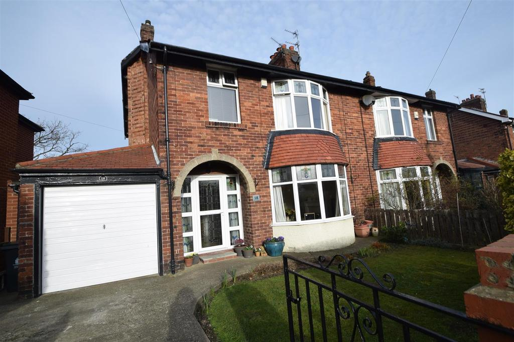 3 Bedrooms Semi Detached House for sale in Athol Gardens, Monkseaton
