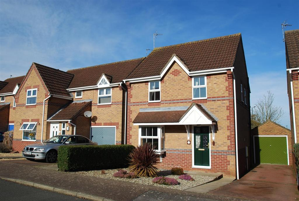 3 Bedrooms Detached House for sale in Brayfield Close