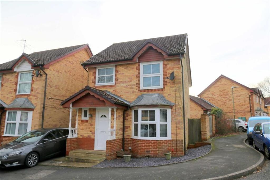 3 Bedrooms Link Detached House for sale in Smithys Close, St Leonards On Sea