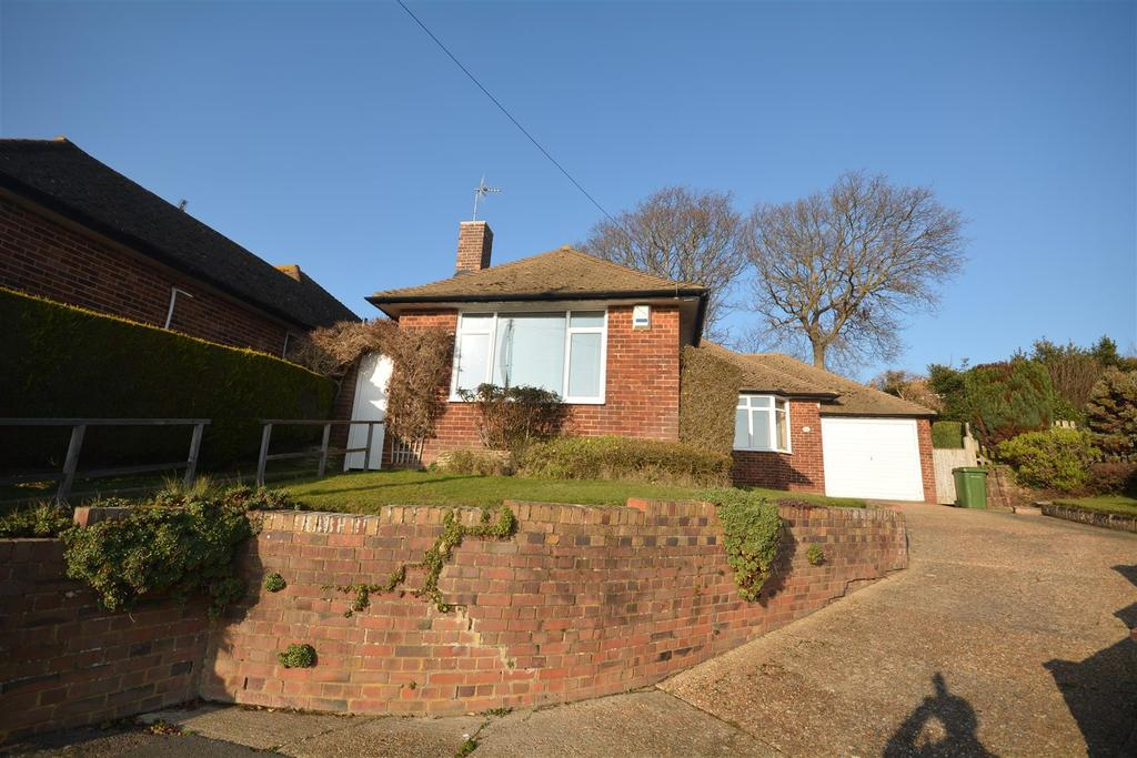 2 Bedrooms Bungalow for sale in Broad View, Bexhill-On-Sea