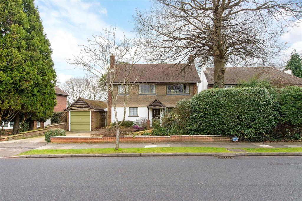 2 Bedrooms Detached House for sale in Westbury Road, Northwood, Middlesex, HA6