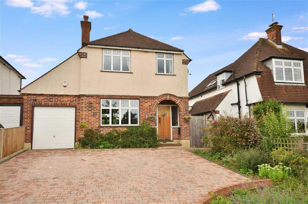 3 Bedrooms Detached House for sale in Green Street, Chorleywood, Hertfordshire