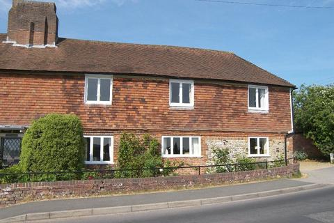 3 bedroom property to rent - WROTHAM