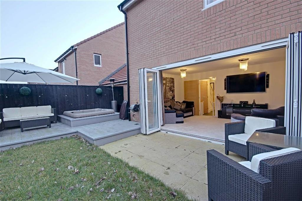 3 Bedrooms Detached House for sale in Colliery Mews, Boldon Colliery, Tyne And Wear