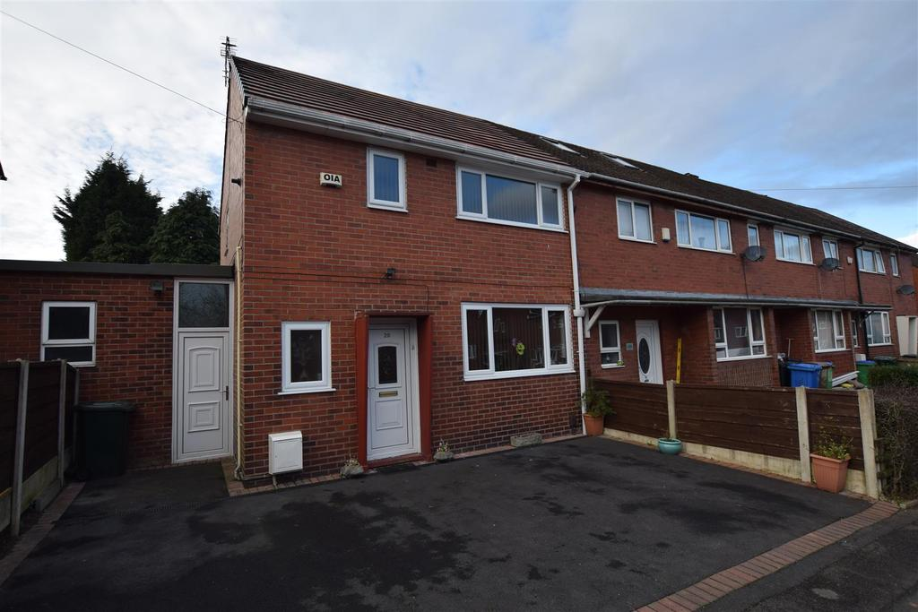 2 Bedrooms Town House for sale in York Road East, Alkrington, Middleton