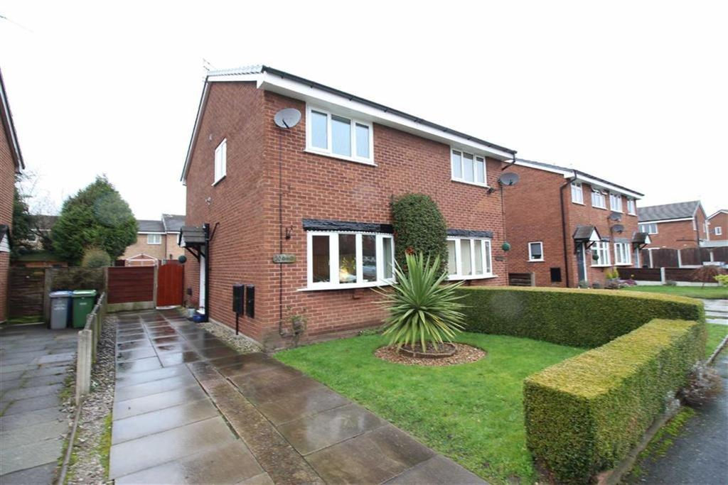 2 Bedrooms Semi Detached House for sale in Drake Road, Altrincham