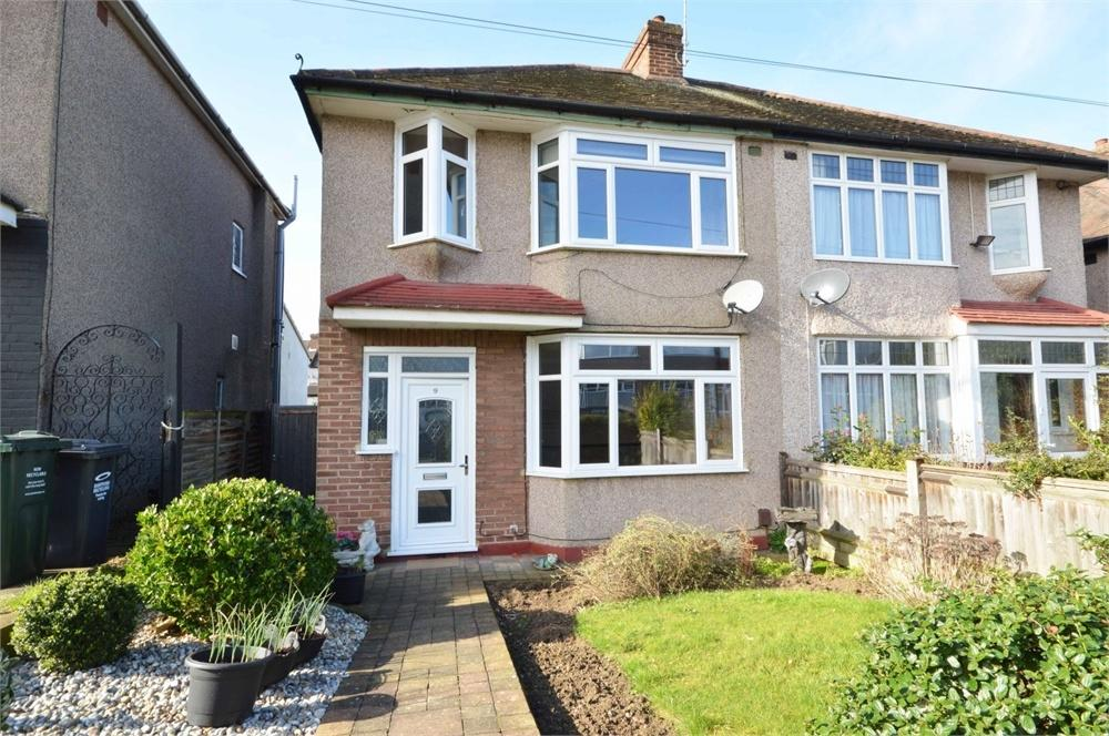 3 Bedrooms Semi Detached House for sale in Morland Avenue, West Dartford