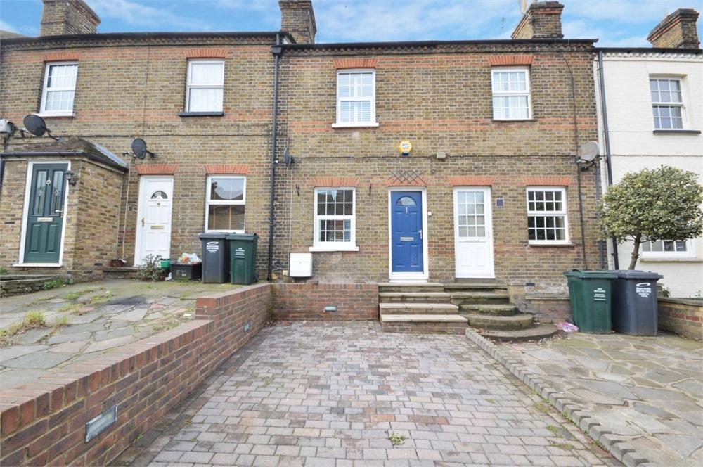 2 Bedrooms Terraced Bungalow for sale in Hawley Road, Hawley