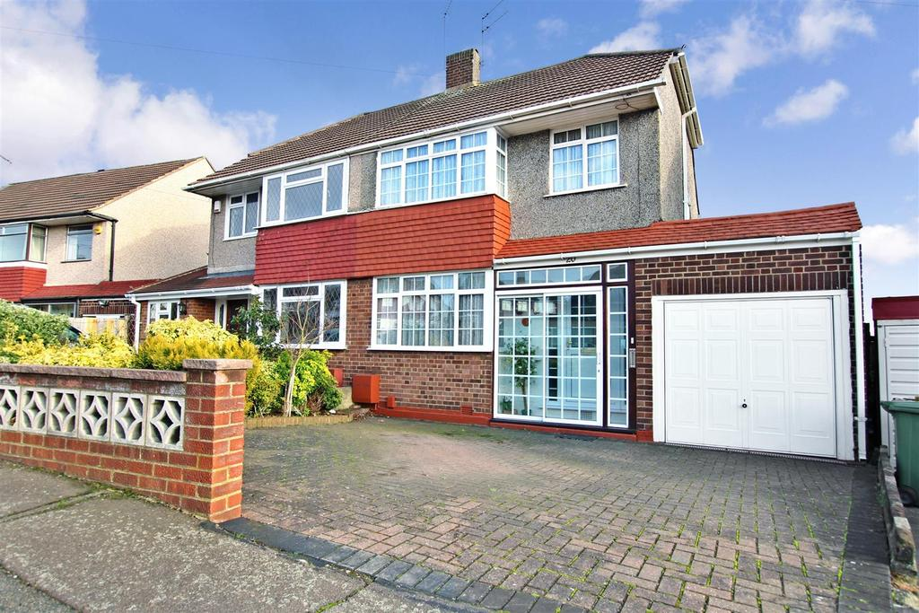 3 Bedrooms Semi Detached House for sale in Iron Mill Place, Crayford