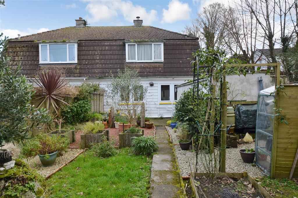 3 Bedrooms Semi Detached House for sale in Pellew Road, Falmouth