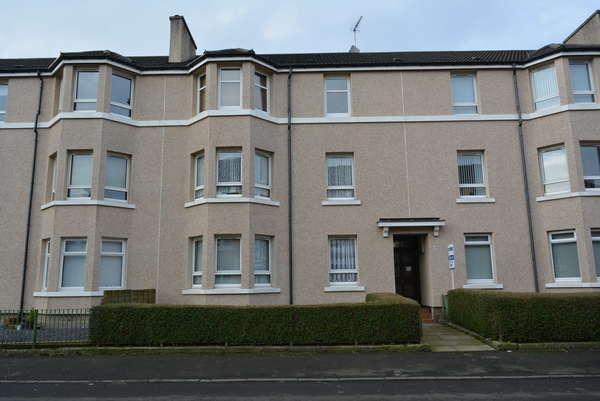2 Bedrooms Flat for sale in 2/2, 39 Torbreck Street, Craigton, Glasgow, G52 1DS