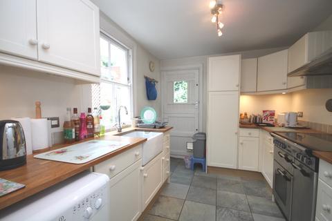 2 bedroom terraced house to rent - Collins Street Blackheath SE3