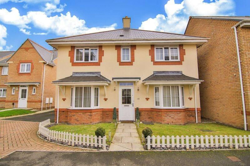 4 Bedrooms Detached House for sale in Scholars Drive, Penylan, Cardiff, CF23