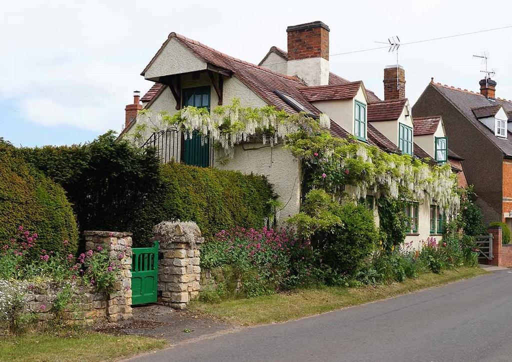 4 Bedrooms Detached House for sale in Farm Street, Fladbury, Pershore, Worcestershire, WR10
