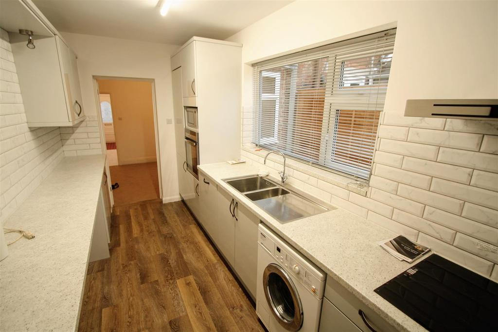 2 Bedrooms Terraced House for sale in Marshall Street, Darlington