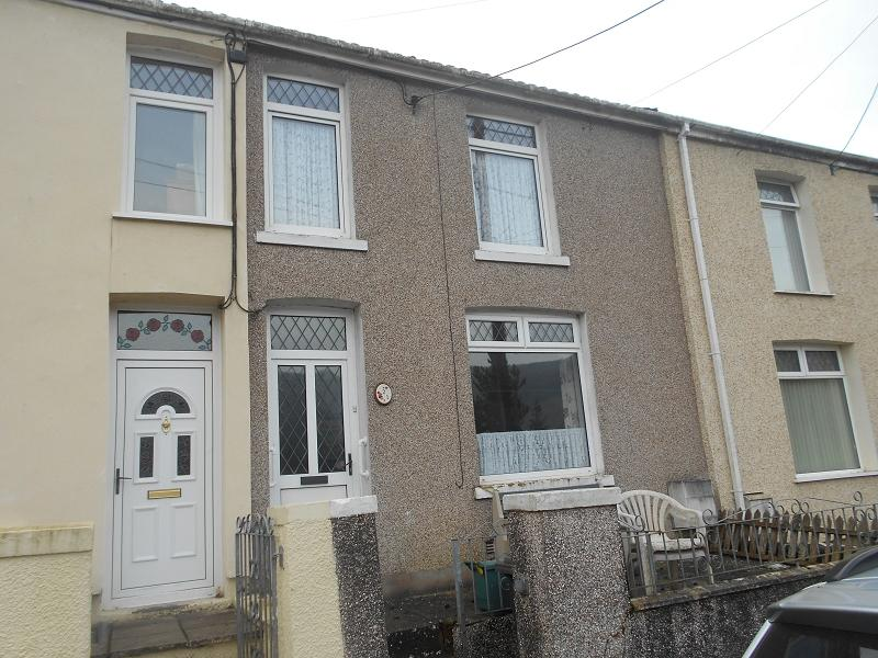 3 Bedrooms Terraced House for sale in Bryn Terrace, Melincourt, Neath, Neath Port Talbot.