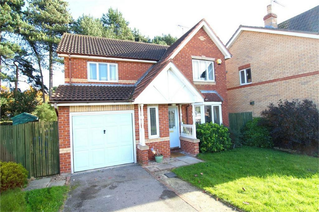 4 Bedrooms Detached House for sale in Southfield Close, Driffield, East Riding of Yorkshire