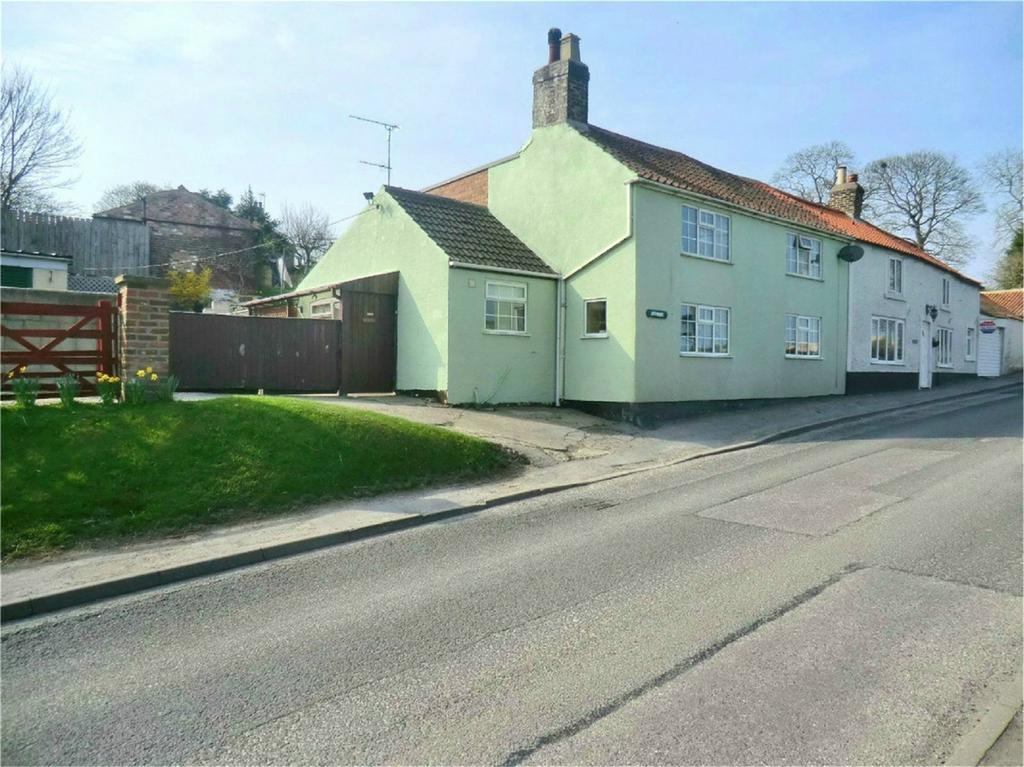 4 Bedrooms Cottage House for sale in Scarborough Road, Langtoft, Driffield, East Riding of Yorkshire