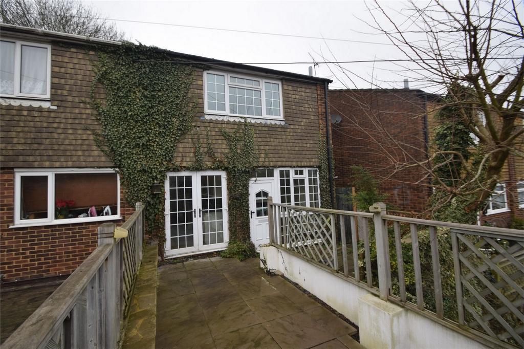 3 Bedrooms Semi Detached House for sale in Princes Avenue, Walderslade, Chatham, Kent