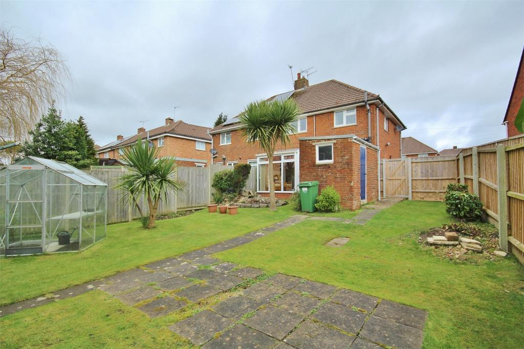 3 Bedrooms Semi Detached House for sale in Bowden Road, Parkstone, POOLE, Dorset