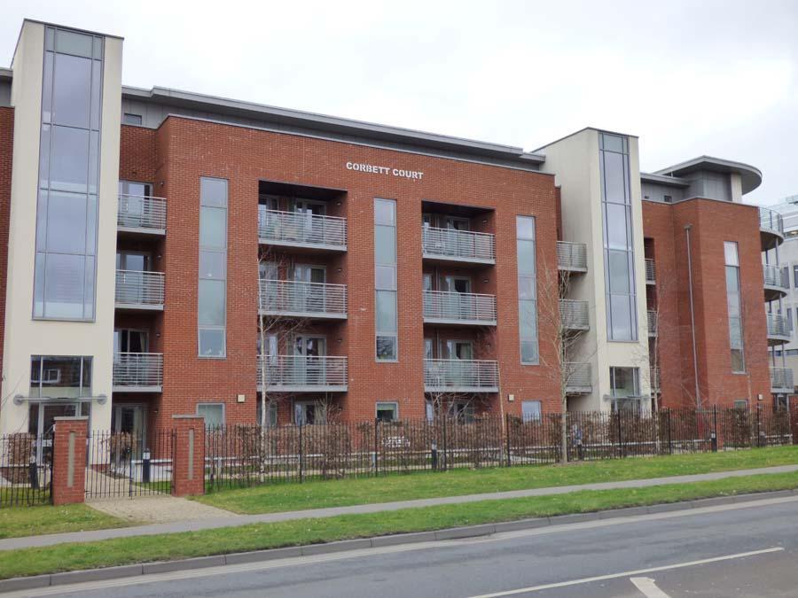 1 Bedroom Retirement Property for sale in Corbett Court, The Brow, RH15