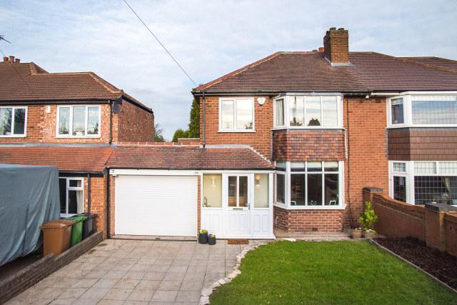 3 Bedrooms Semi Detached House for sale in Aldridge Road,Streetly,Sutton Coldfield