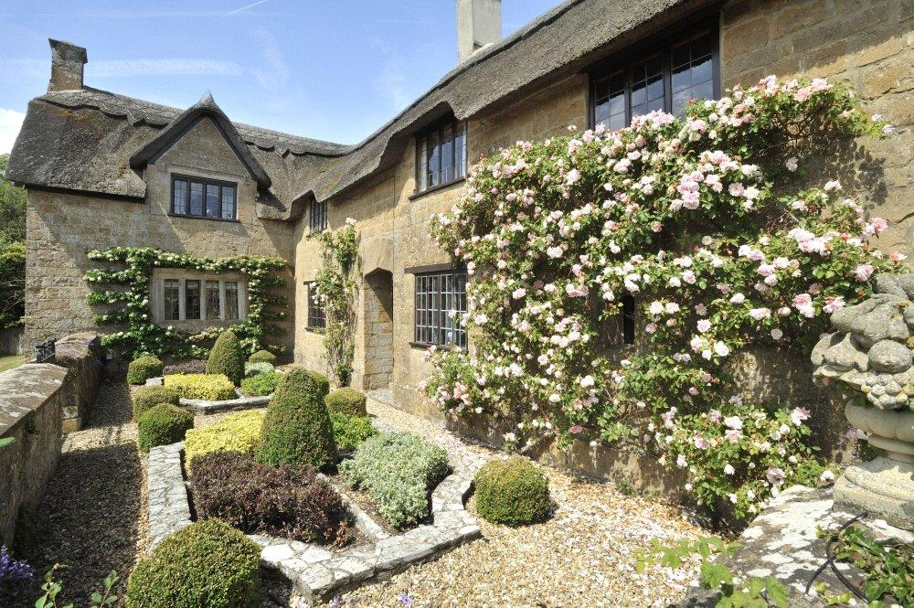 5 Bedrooms Detached House for sale in Ilton, Ilminster, Somerset