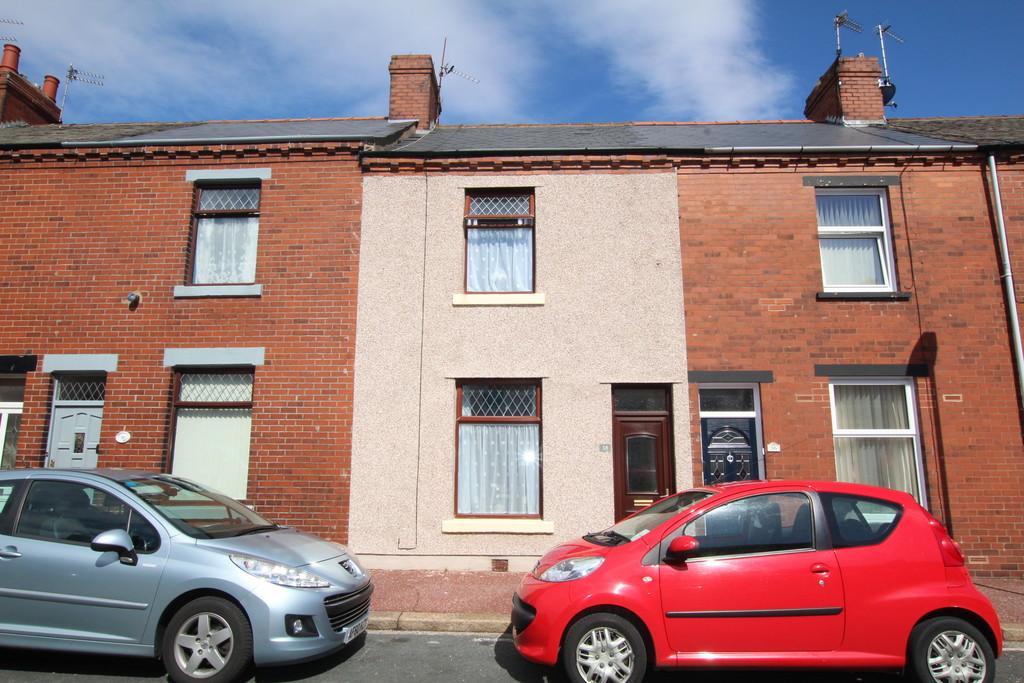 3 Bedrooms Terraced House for sale in Devon Street, Barrow-In-Furness