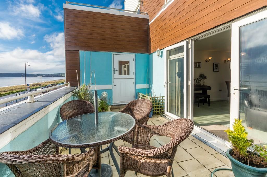 6 Bedrooms Apartment Flat for sale in Pwllheli, Gwynedd, North Wales