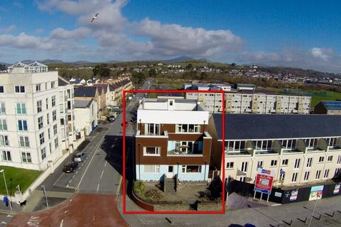 6 bedroom apartment for sale - Pwllheli, Gwynedd, North Wales