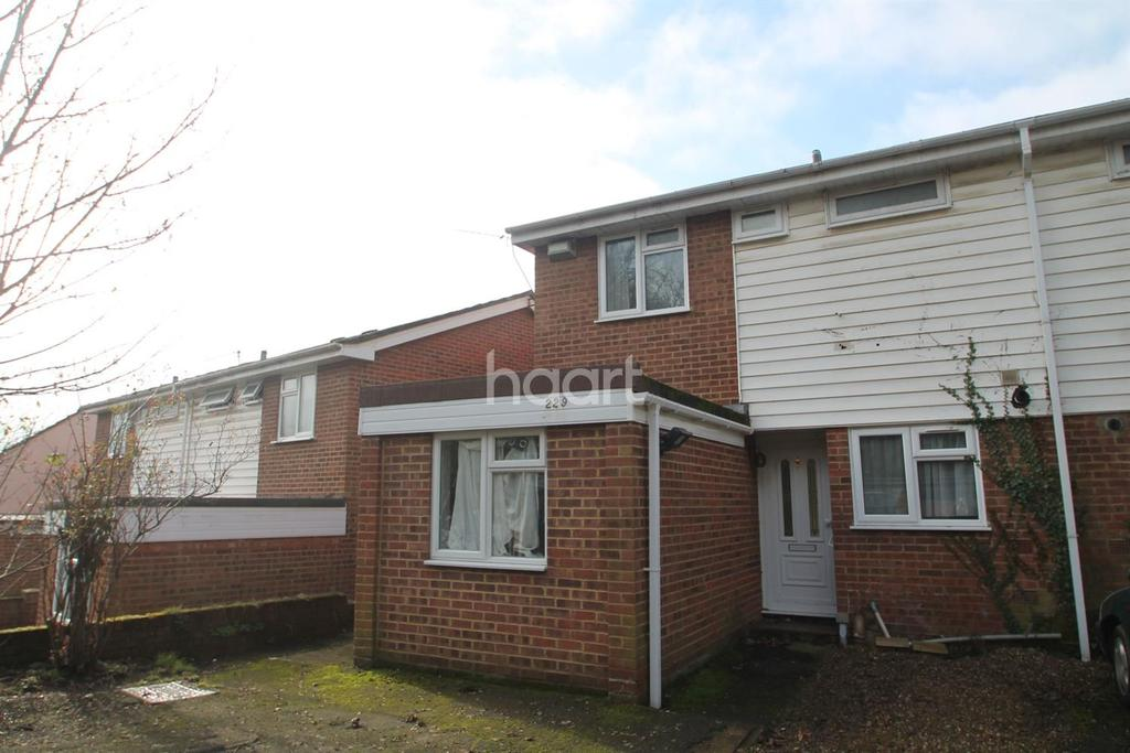 3 Bedrooms Semi Detached House for sale in Clare Road